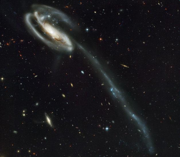 یک کهکشان فراری