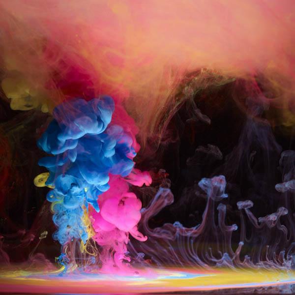 انفجار جوهر در زیر آب اثری از مارک ماسون